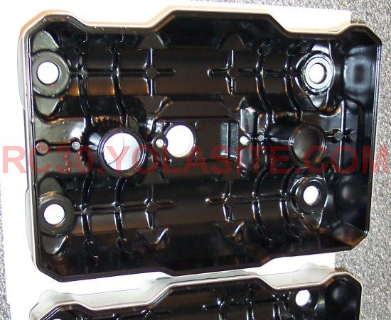 RC30 Valve Cover